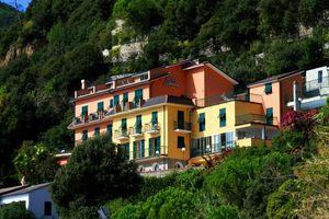 Hotel LEOPOLD COASTA LIGURICA