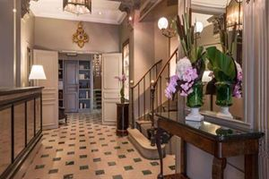 Hotel LOUISON   PARIS