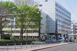 Hotel LUXOR FRANKFURT