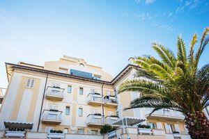 Hotel Luna Riccione e Aqua Spa RIMINI