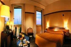 Hotel MAJESTIC NAPOLI