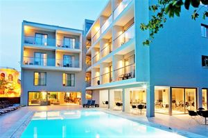 Hotel OKTOBER DOWNTOWN RHODOS