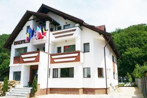 Hotel PENSIUNEA ROSENVILLE Rasnov