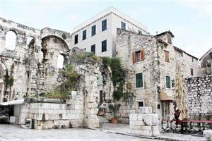 Hotel PERISTIL Dalmatia Centrala