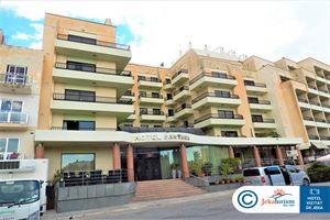 Hotel SANTANA QAWRA