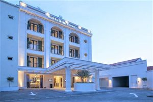 Hotel RIVA PETROVAC