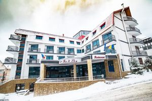 Hotel SKI&SKY Predeal