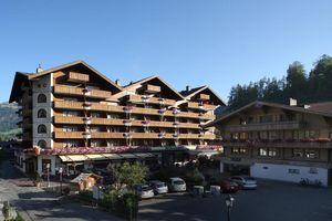 Hotel SQH BERNERHOF Gstaad