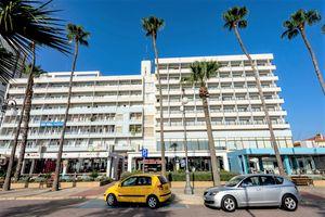 Hotel SUN HALL LARNACA