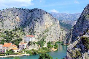 Hotel VILLA DVOR Dalmatia Centrala