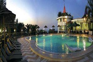 Hotel VILLAGGIO STROMBOLI CALABRIA