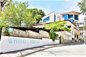Hotel WHITE HOUSE BALCIC