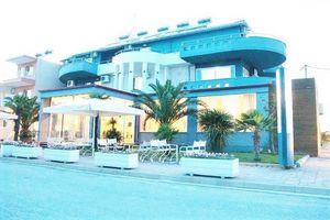 Hotel YAKINTHOS PARALIA KATERINI