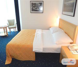 Poze Hotel BLUE STAR BUDVA