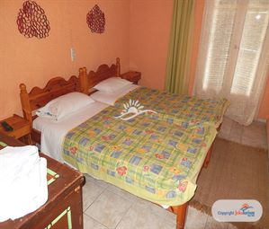 Poze Hotel BYRONAS Apartments