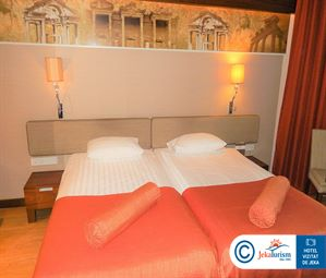 Poze Hotel COMMODORE ELITE SUITES   SPA SIDE