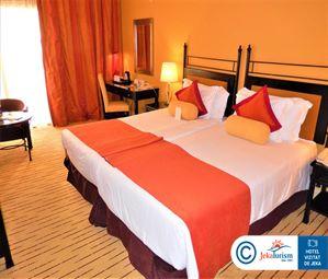 Poze Hotel CORINTHIA ST GEORGE S BAY