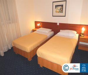 Poze Hotel KOMODOR