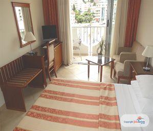Poze Hotel MEDITERAN BECICI MUNTENEGRU
