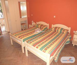 Poze Hotel OMIRICO STUDIOS