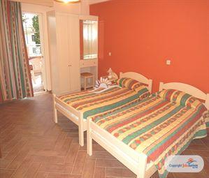 Poze Hotel OMIRICO STUDIOS CORFU