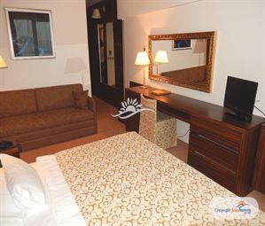 Poze Hotel PALAS PETROVAC