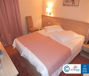 Poze Hotel QUERCUS