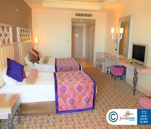 Poze Hotel ROYAL ALHAMBRA PALACE SIDE