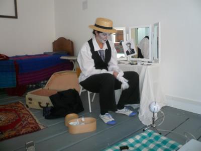 A Salon – 08 – Sarah Hurl