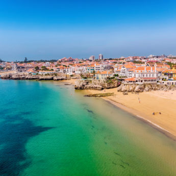 LIS_Cascais_city_Beach_1050396676_Getty_RGB-136-DPI-For-Web