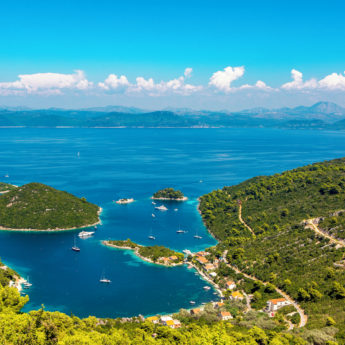 MLJET ISLAND HERO BANNER IMAGE SPU 79426 3 star plus Adriatic Cruise Stay Split 0219 06 RGB 136 DPI For Web