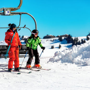 Ski_Shoot_2019-15_RGB-136-DPI-For-Web