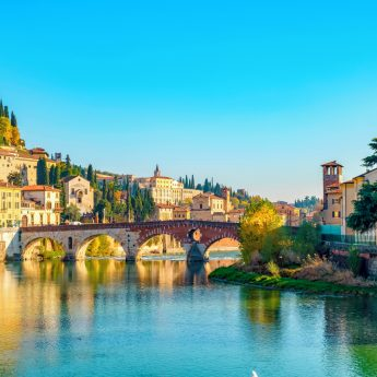 VRN_Verona_Ponte_Pietra_bridge_on_Adige_river_933307216_Getty_RGB-136-DPI-For-Web