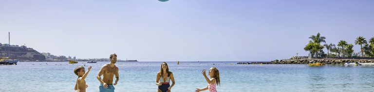 Jet2Tv18_Gran_Canaria_Day9__Shot-1_063