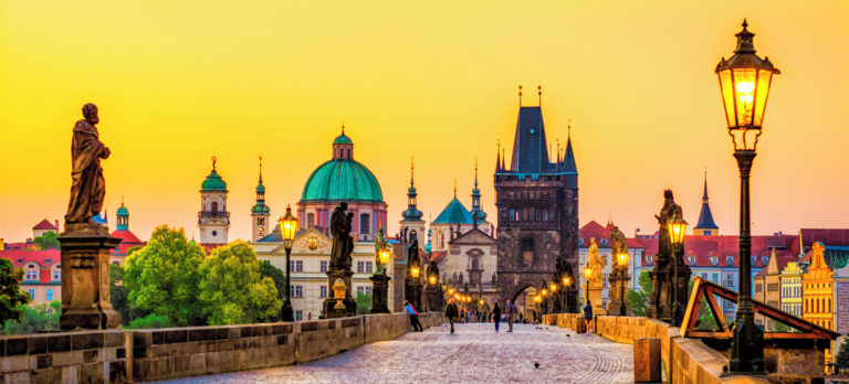 PRG_Prague_Charles_Bridge_966899422_Getty_RGB-136-DPI-For-Web