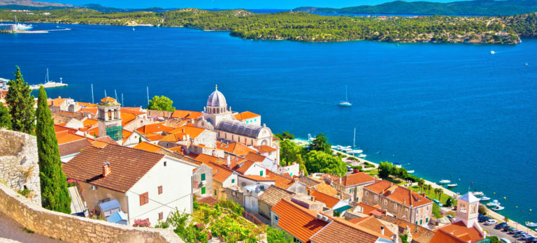 Sibenik_waterfront_st_James_cathedral_874804592_Getty_RGB-72-DPI-For-MSOffice