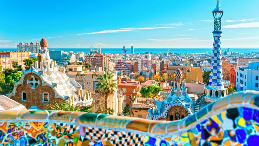 BCN_Barcelona_City_Park_Guell_148543868_Getty_RGB-136-DPI-For-Web