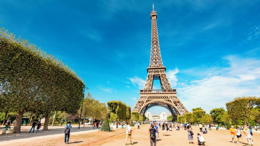 CDG_Paris_Eiffel_Tower_1016_01_RGB-136-DPI-For-Web