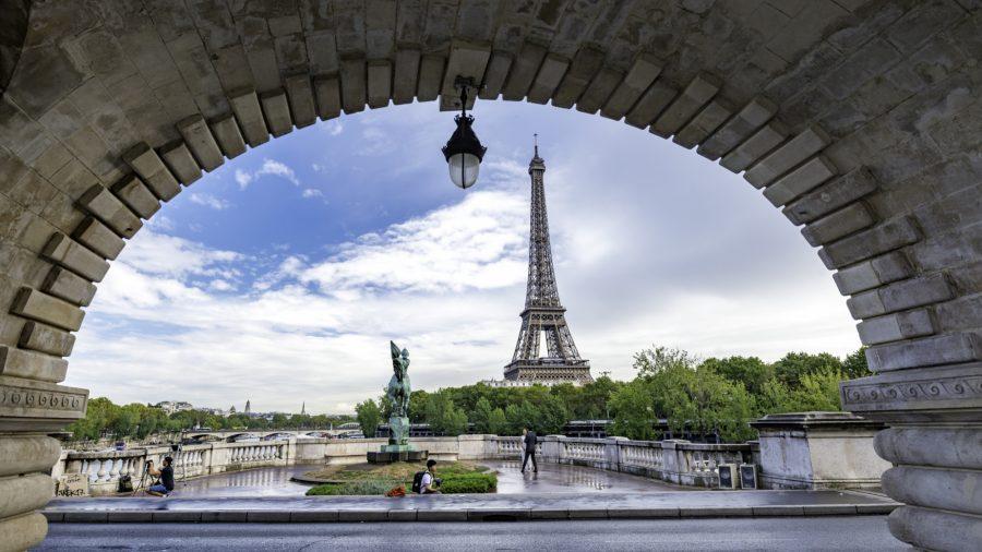 Cdg_Paris_Le_Pont_De_Bir_Hakeim_1016_02