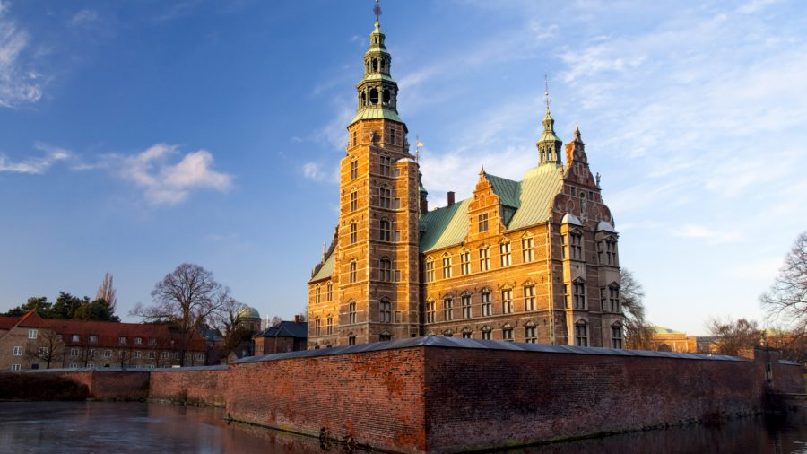 CPH_Rosenborg_Castle_at_sunset_91513279_RFIS_0119