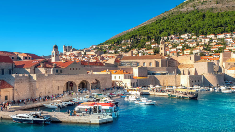DBV_Dubrovnik_Old_Town_Harbour_1055455198_Getty_RGB-136-DPI-For-Web