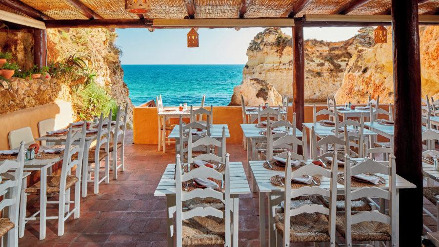 FAO Canico Restaurant 0416 02 RGB 136 DPI For Web