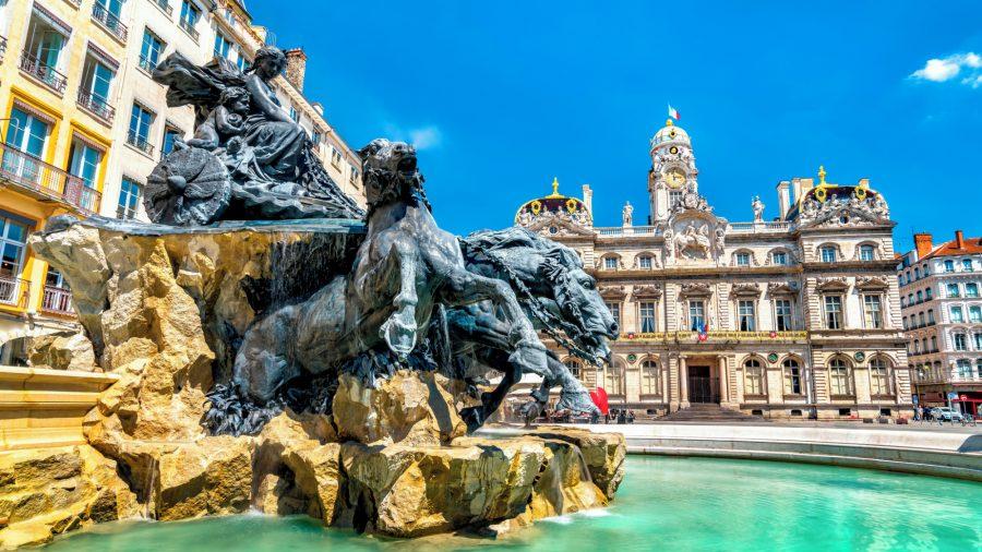 France_Lyon_Fontaine_Bartholdi_Place_des_Terreaux_1071913486_Getty_RGB-136-DPI-For-Web