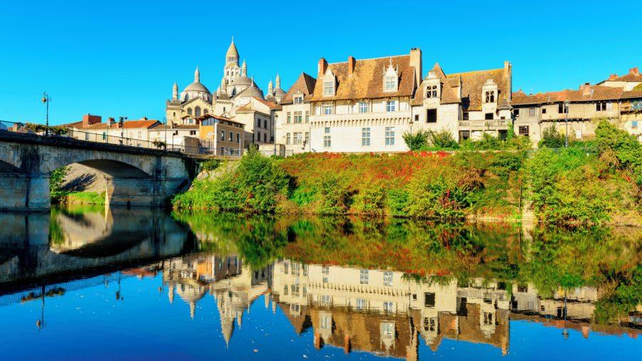France_Perigueux_Historic_village_919691658_Getty_RGB-136-DPI-For-Web