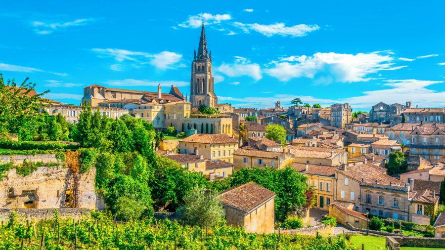 France_Saint_Emilion_Village_1055703230_Getty_RGB-136-DPI-For-Web