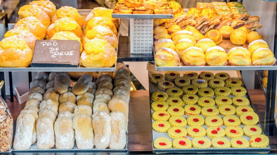 LIS_portuguese_pastries_626361408_Getty_RGB-136-DPI-For-Web