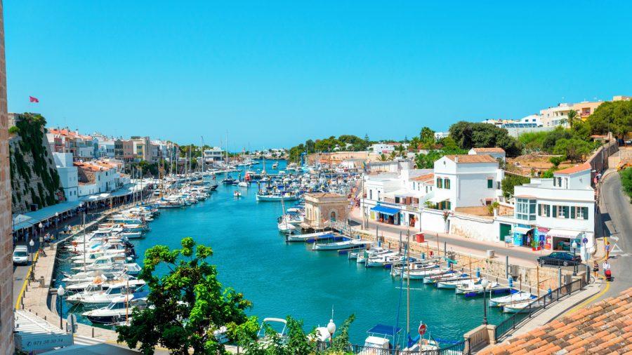 MAH_Ciutadella_Harbour_0117_01_RGB-136-DPI-For-Web
