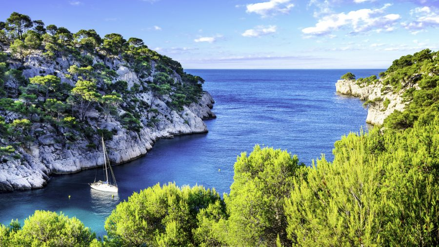 NCE_Calanque_of_Cassis_504512903_Getty