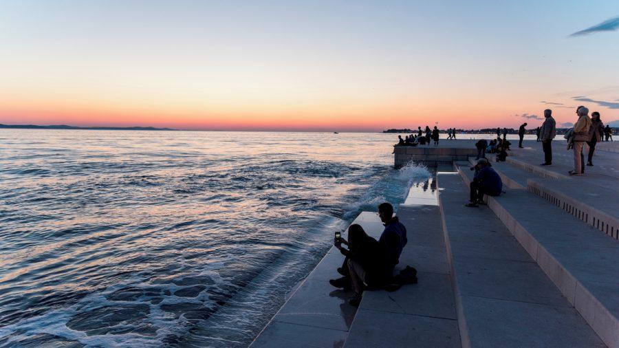 SPU_Watch_sun_set_Zadar_0117_17_RGB-136-DPI-For-Web