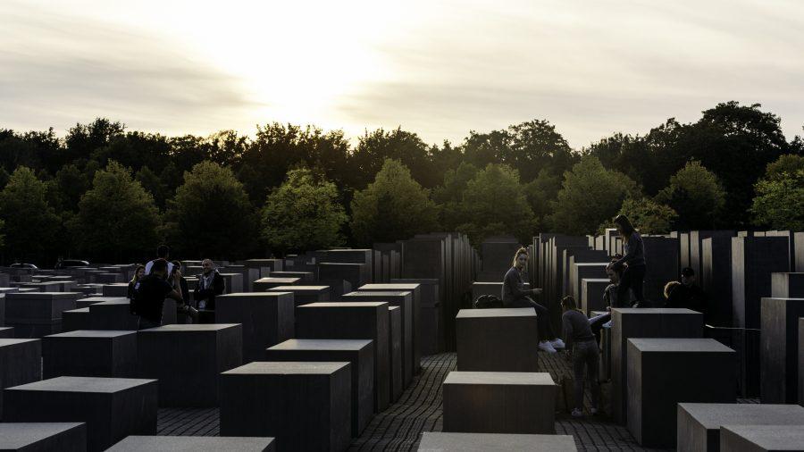 Sxf Holocaust Memorial 0217 02